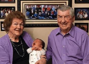 Муж и жена прожили вместе 62 года. Вот их 102-й внук