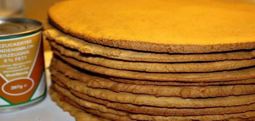Сметанные коржи для торта. Как быстро приготовить торт